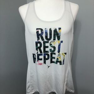 4/$25 Old Navy work out tank